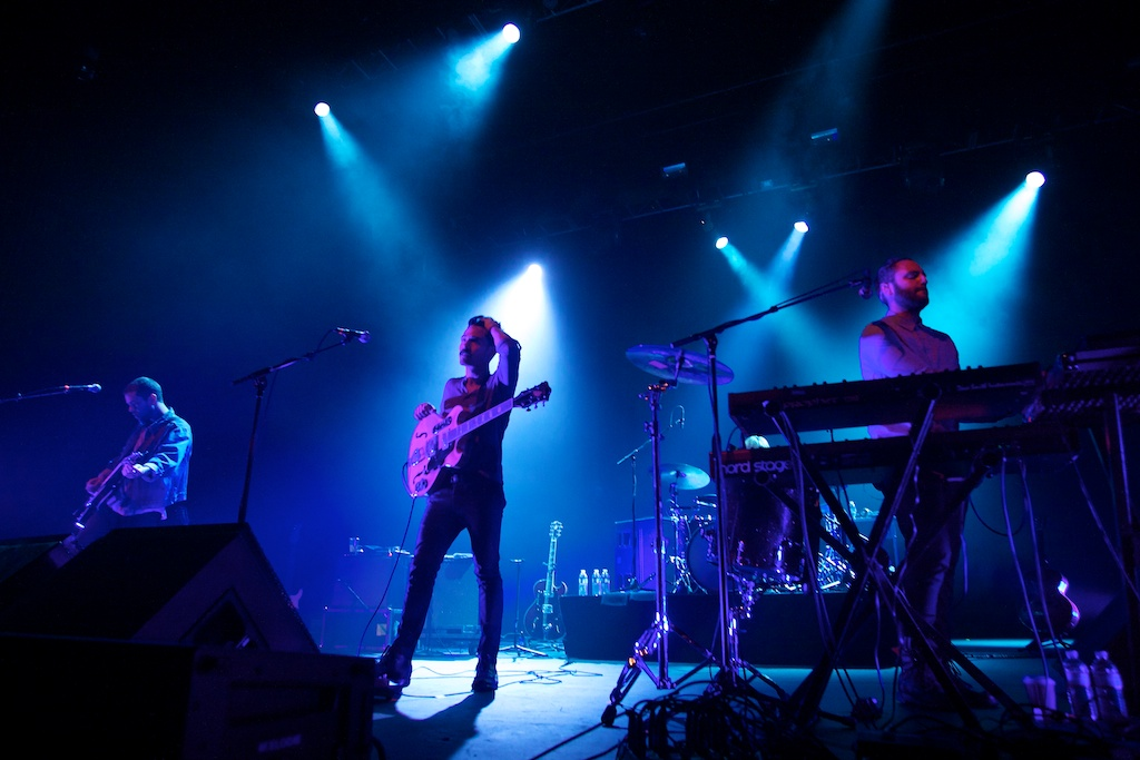 Local Natives drench Fox Theater Oakland in harmonious grooves
