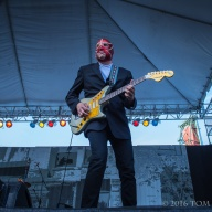 Waterfront Blues Festival 2016 - Los Straightjackets
