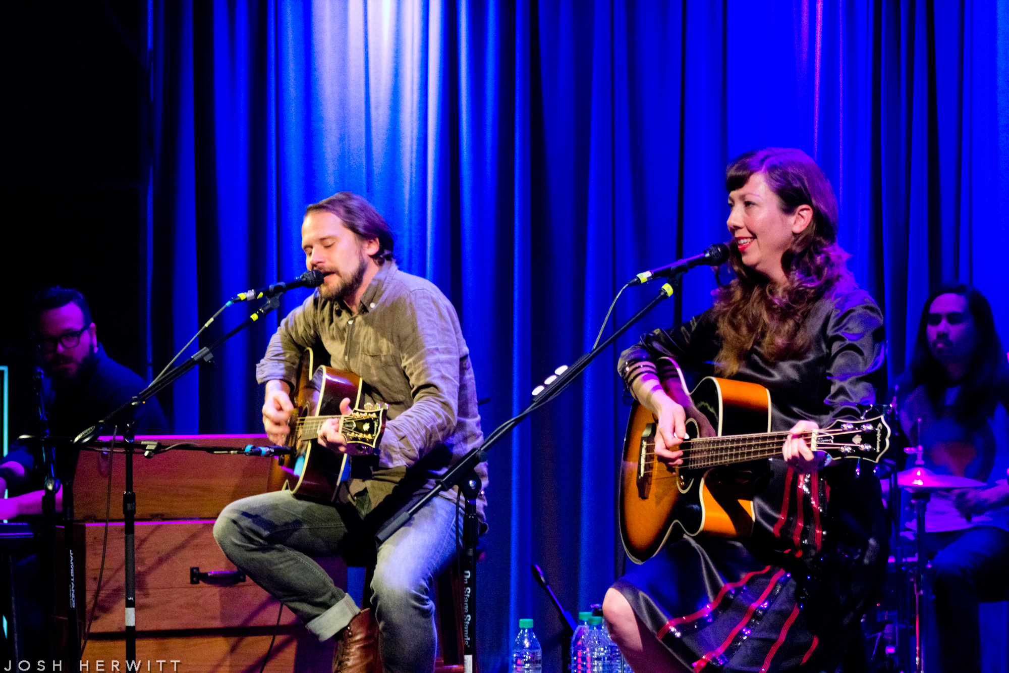 silversun pickups get up close and personal with their hometown fans at the grammy museum showbams. Black Bedroom Furniture Sets. Home Design Ideas