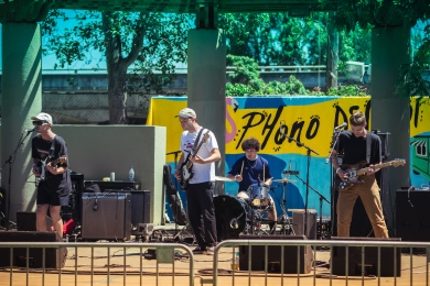 2017 Phono del Sol Music Festival - Never Young