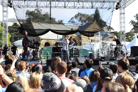 2017 SF Oysterfest Music Festival - Passion Pit
